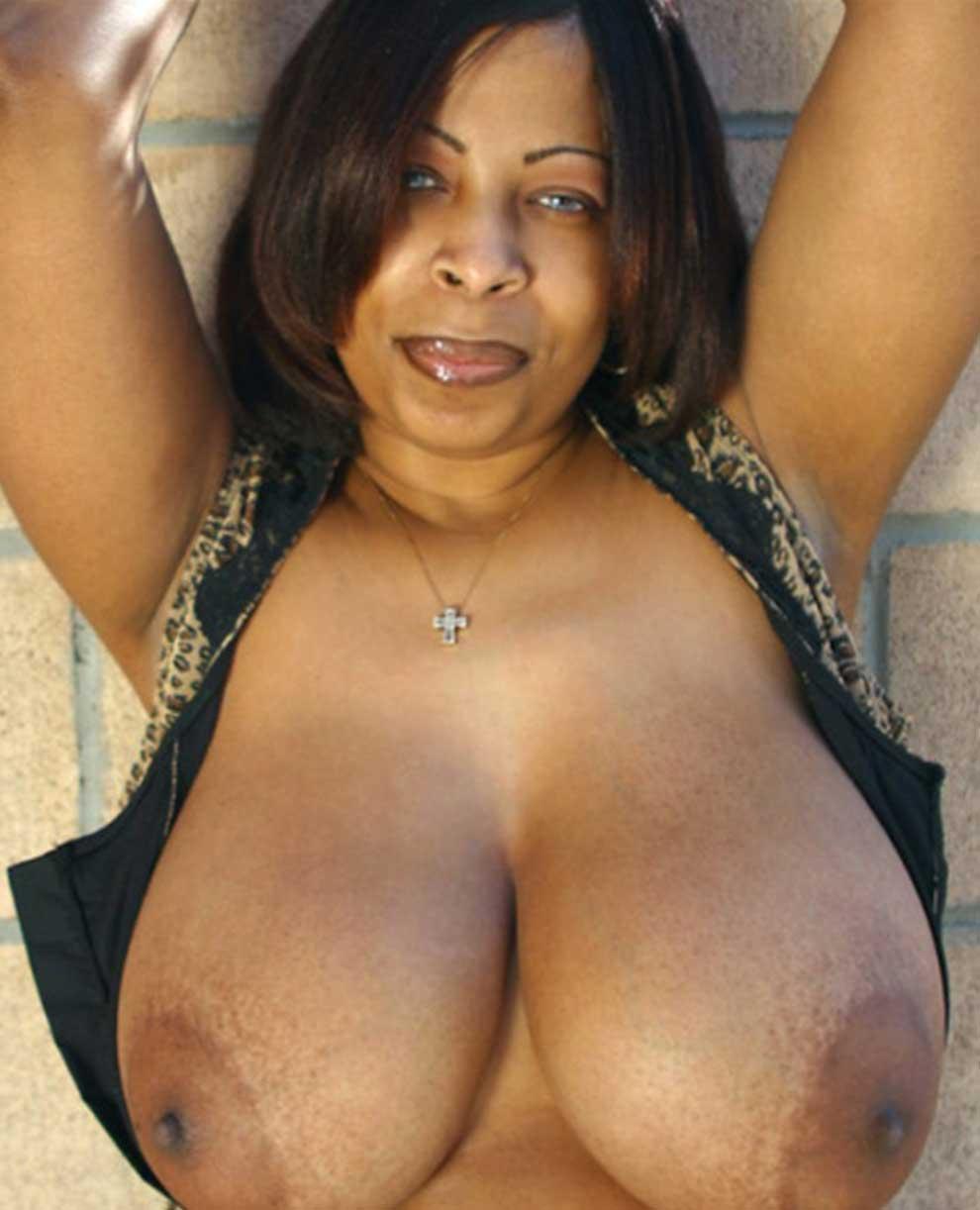 Femme mature black